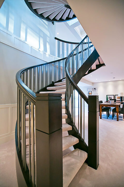 Grouped Spindle Curved Stairs | Open Riser